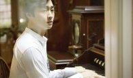 배우 강영석, 음악극 '올드위키드송'에서 마음의 문 닫은 피아니스트로 열연