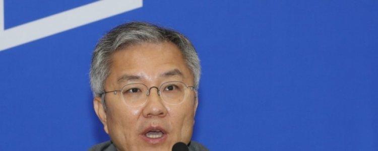 """추미애 입장문, 최강욱에 유출됐다 """"제2의 국정농단"""""""