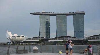 '자유여행 허용' 싱가포르, 여행사 홈페이지 마비...한국도 '보복여행' 시동 거나