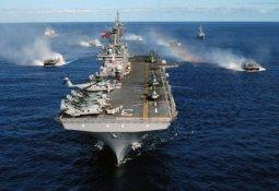 美, 항공모함·상륙함 동원 대규모로…전쟁 임박?