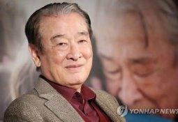 """""""순결하고 아름다운 소녀"""" 이순재 갑질 이어 또 논란"""
