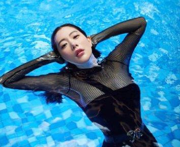 '시스루 수영복'